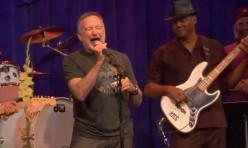 "Robin Williams & Friends - ""One Bar Blues"""